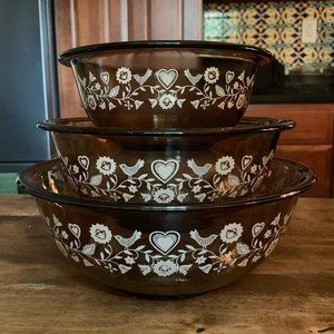 Vintage Pyrex Amber Friendship Mixing Bowls-3 Pcs